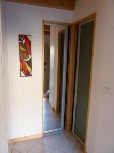 09 Rochette Studio - Entrée et secteur WC et SdB
